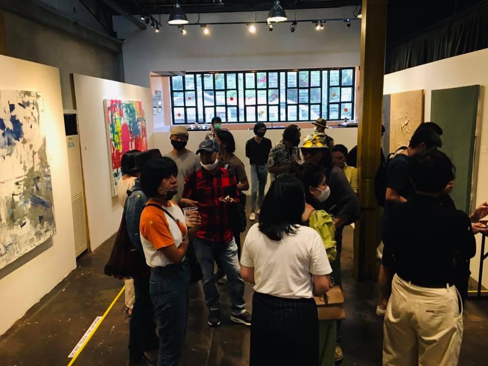 Unformative Exhibition